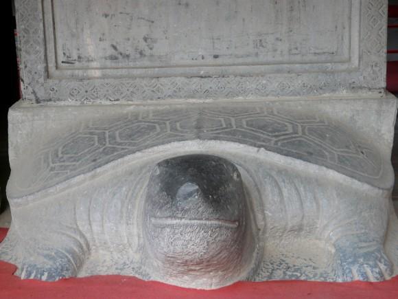 turtle statue, Temple of Literature, Hanoi, Vietnam