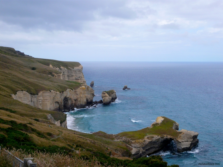 why you should visit Tunnel Beach in Dunedin, New Zealand