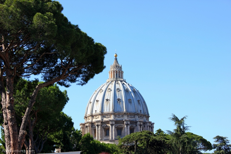 10 smallest countries in Europe - Vatican is the smallest country in Europe and the smallest country in the world