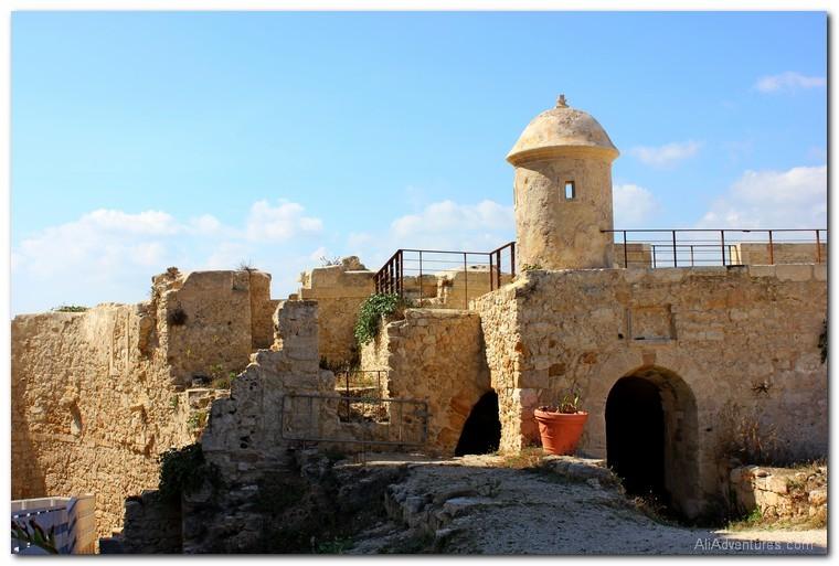 traveling to Syracuse, Sicily