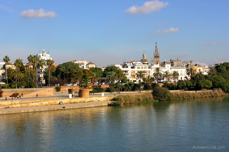 how much we spent living in Sevilla for a month
