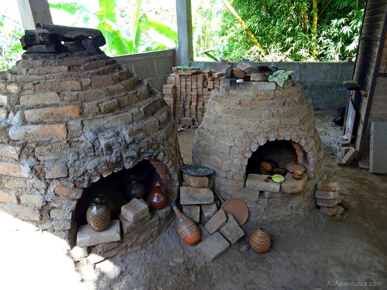 Granada, Nicaragua day tour pottery
