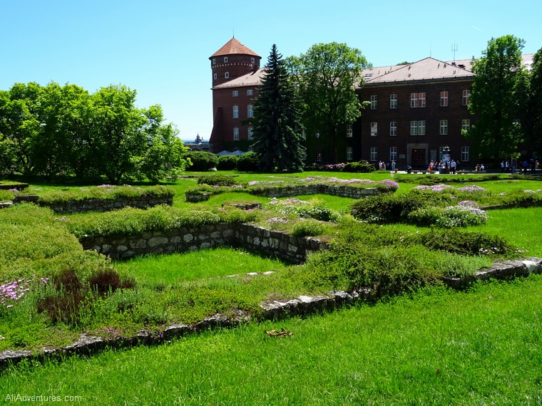 best places to visit in Krakow Poland Wawel Castle