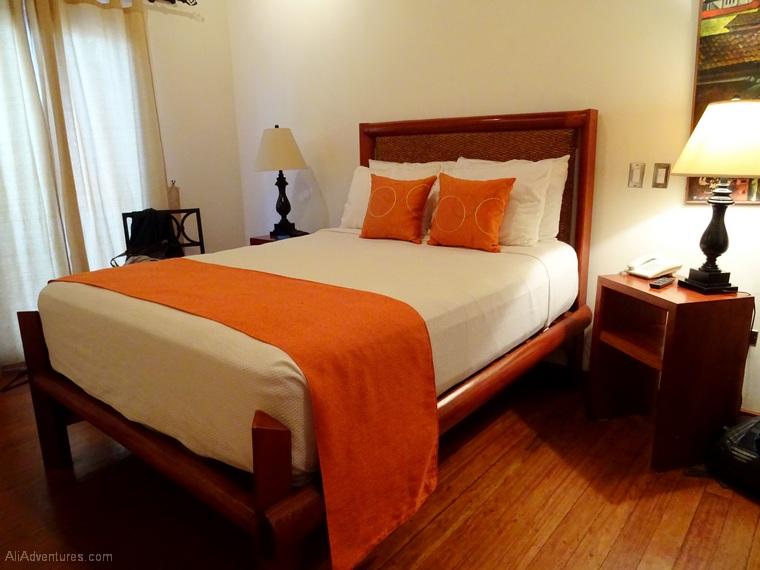 where to stay in Granada, Nicaragua - Hotel Estrada