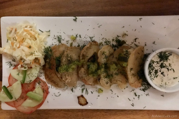 where to eat in Leon Nicaragua Polish Sri Lankan restaurant