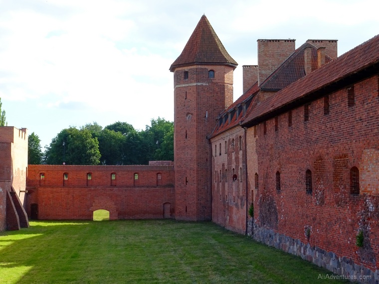 Poland travel spending - Malbork Castle