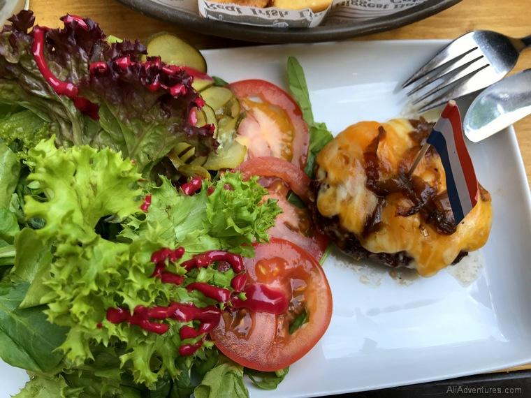 Dutch mini burger Berlin International Restaurant Project Netherlands