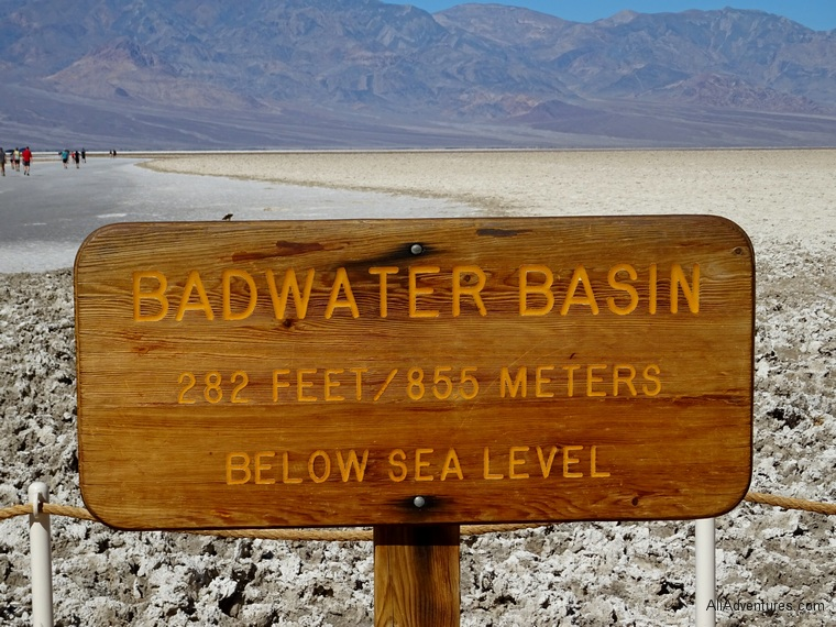 1 day in Death Valley National Park Badwater Basin sign