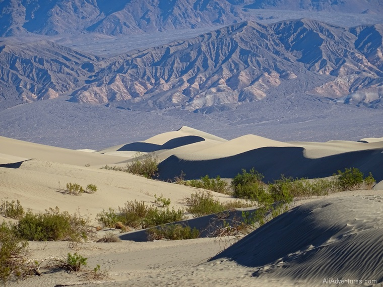 what to see in Death Valley National Park Mesquite Flat sand dunes