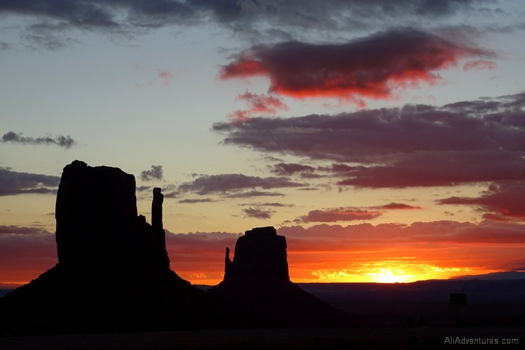 Monument Valley campground sunrise