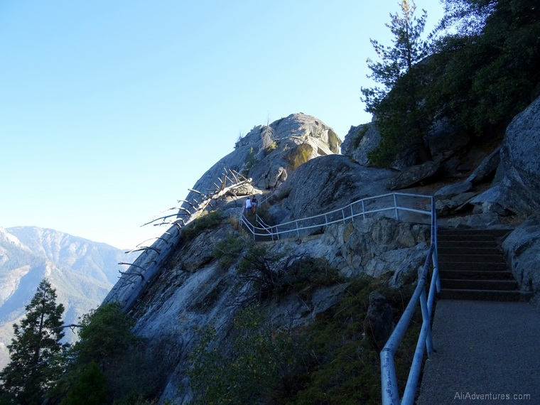 Moro Rock - things to do in Sequoia National Park