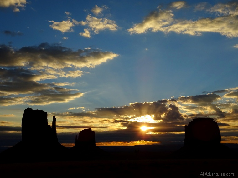 camping in Monument Valley sunrise