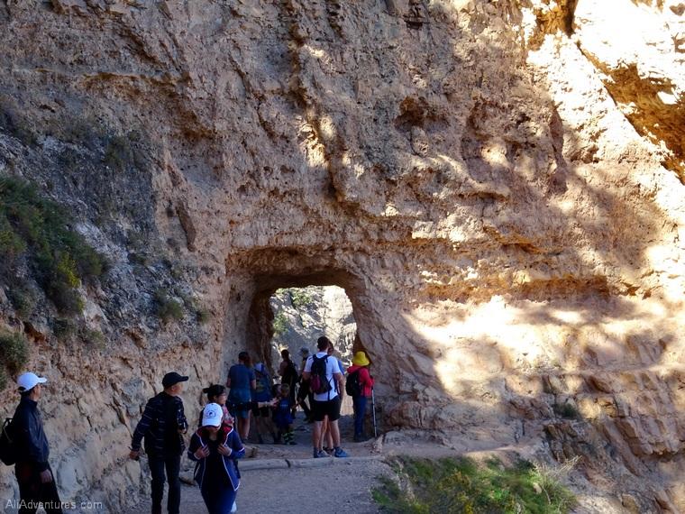 hiking Bright Angel Trail Grand Canyon