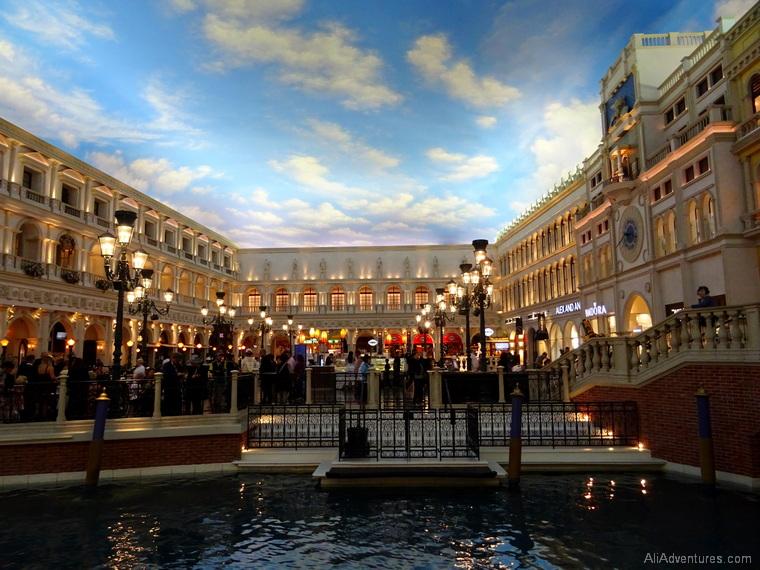 things to do in Las Vegas Venetian