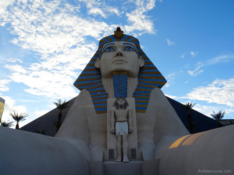 where to stay in Las Vegas Luxor