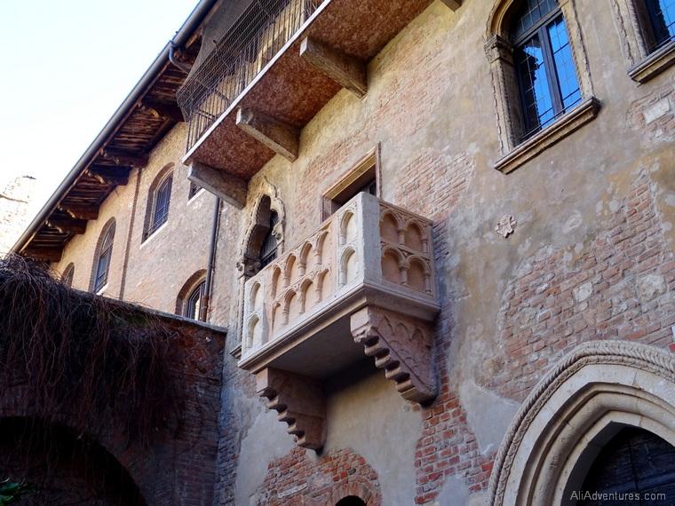Verona travel costs Juliet balcony