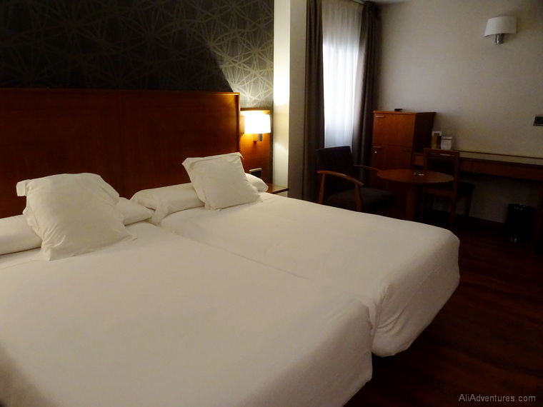where to stay in Almeria Spain
