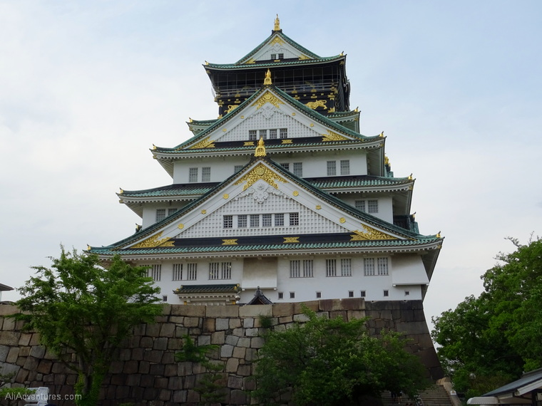 3 weeks in Japan cost Osaka castle