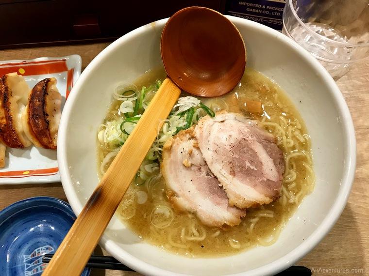 cost of food in Japan ramen Tokyo