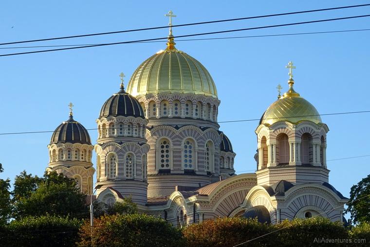 Riga travel costs